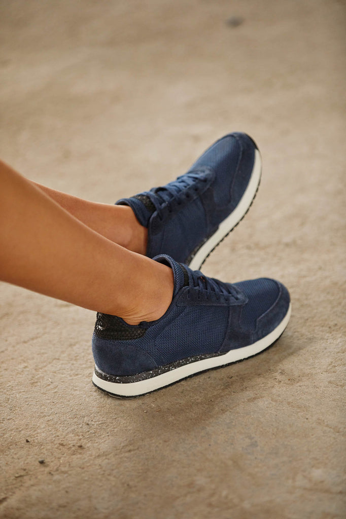 Ydun FIFTY Sneakers in Navy