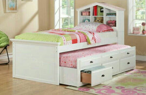 Twins Furniture Twin Bed w/ Trundle