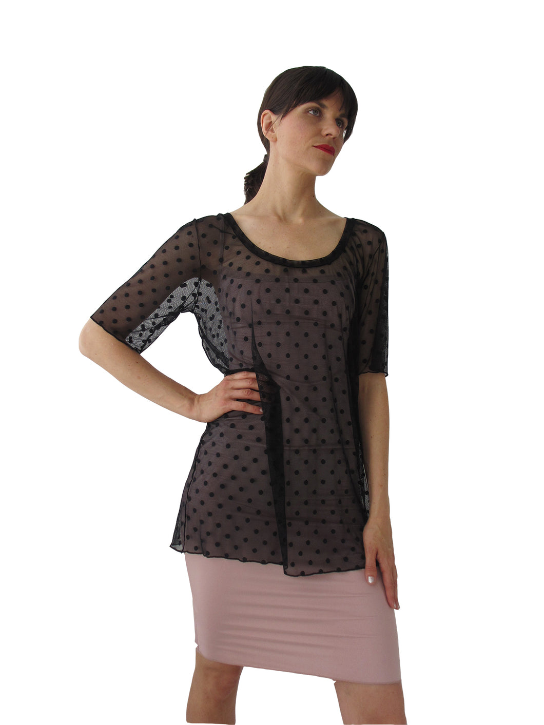 THE POLKA DOT MESH TEE - SCOOP NECK