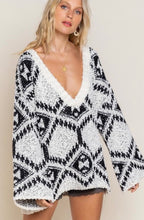Load image into Gallery viewer, Aztec V-Neck Sweater