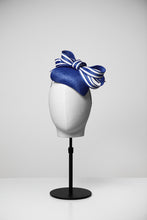 Load image into Gallery viewer, Rose & Teardrop Fascinator
