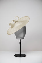 Load image into Gallery viewer, Olive & Large Saucer Hat