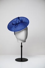 Load image into Gallery viewer, Olive & Medium Saucer Fascinator