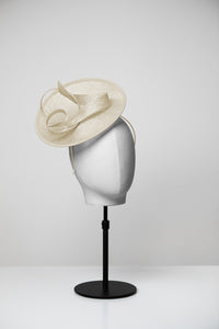 Ella & Small Saucer Fascinator