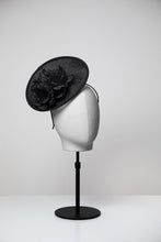 Load image into Gallery viewer, Mia & Small Saucer Fascinator