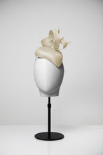 Load image into Gallery viewer, Ella & Teardrop Fascinator
