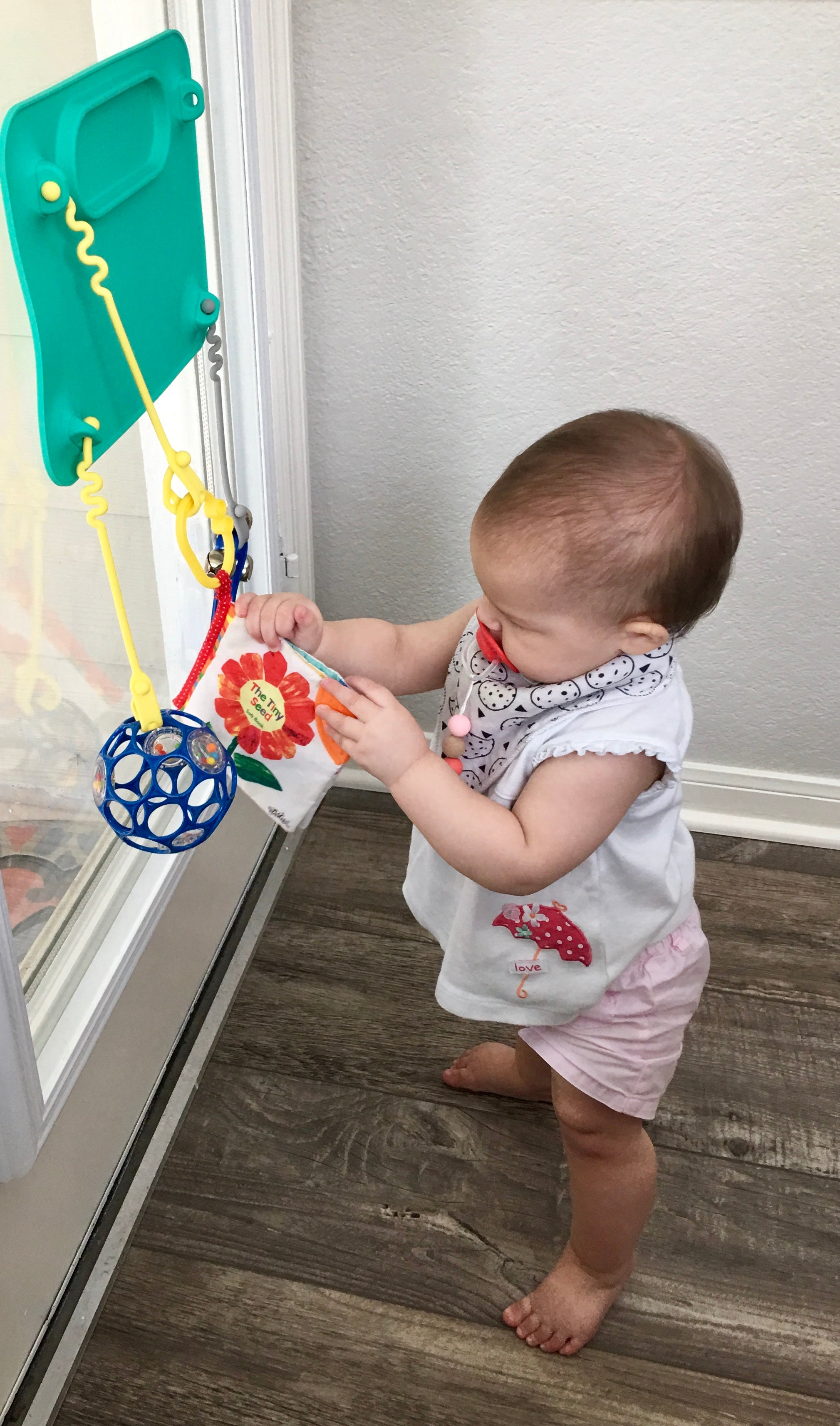busy baby placemat suction on glass door