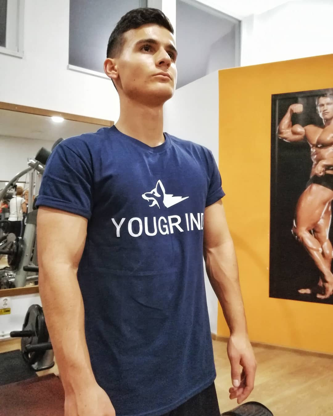 PREMIUM PERFORMANCE T-SHIRT