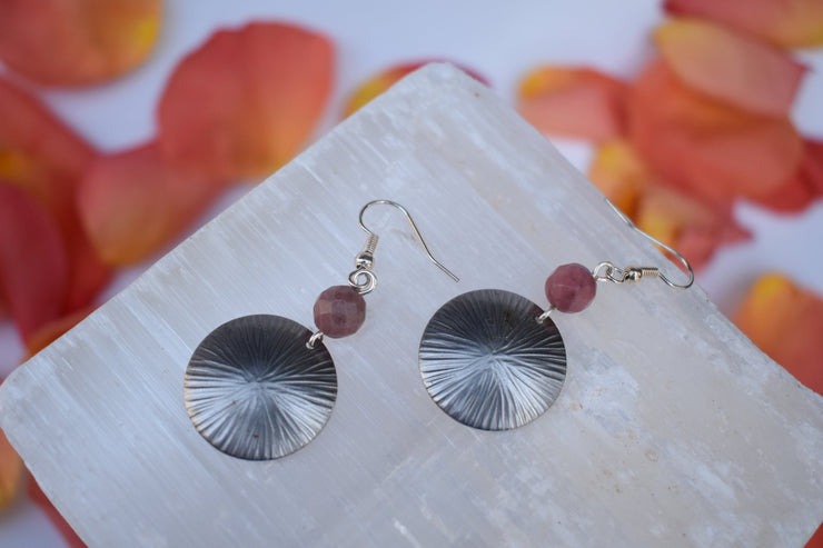 simple silver disc and dusty pink mauve natural stone bead earrings