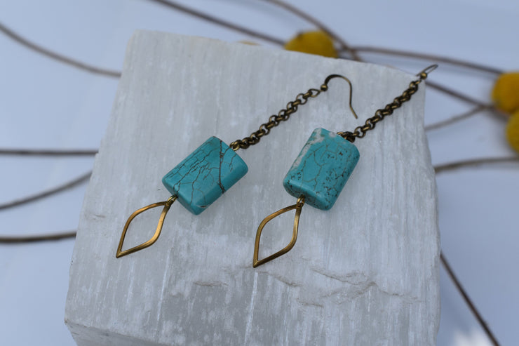Turquoise howlite rectangle bead dangle earrings with long brass chain, shoulder duster statement earrings.