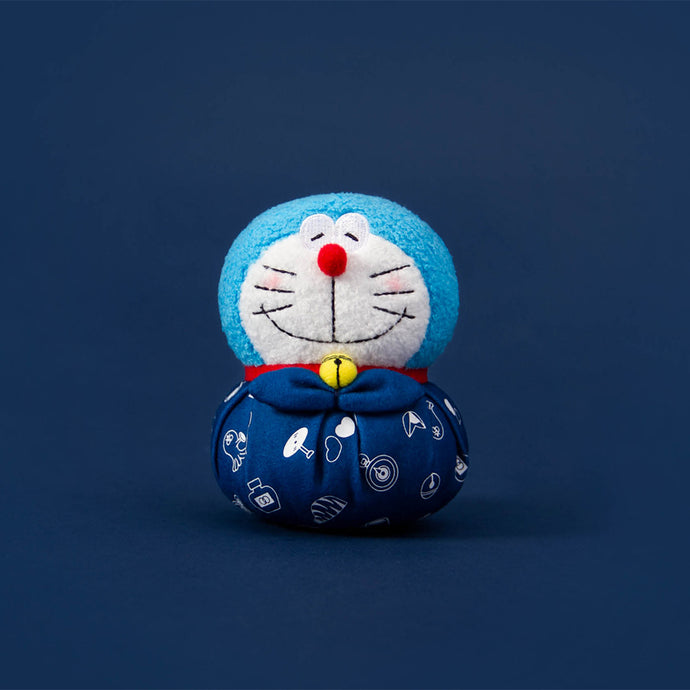 Fall In Love Doraemon Ornament (Blue)