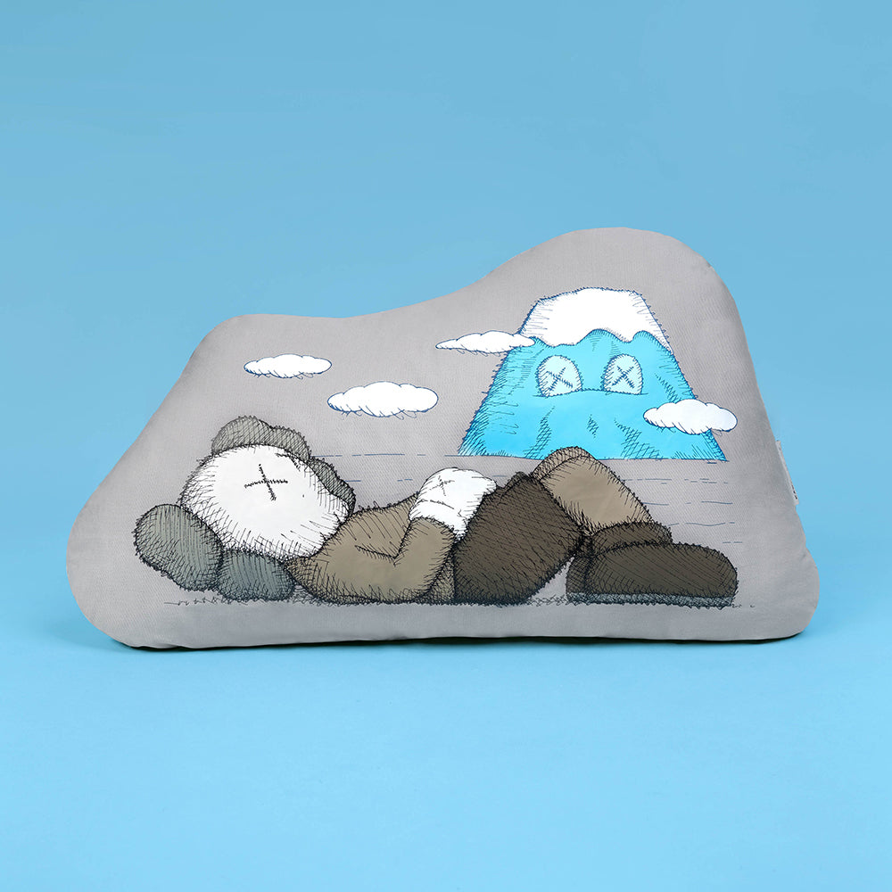 KAWS:HOLIDAY JAPAN Cushion