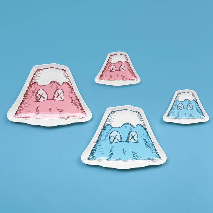 KAWS:HOLIDAY JAPAN Mount Fuji Ceramic Plate Set (Set of 4)