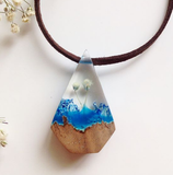 Blue diamond - Wooden Necklace