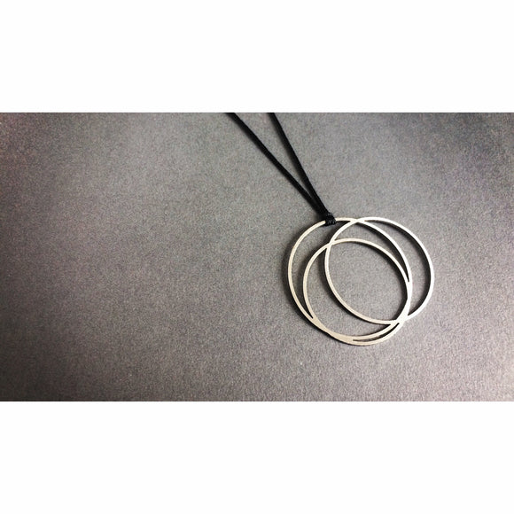 Little Circle - Stainless steel necklace