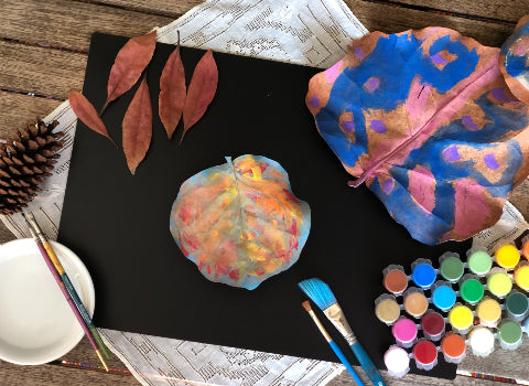 Forest Ideas for Kids - Painting Dried Leaves
