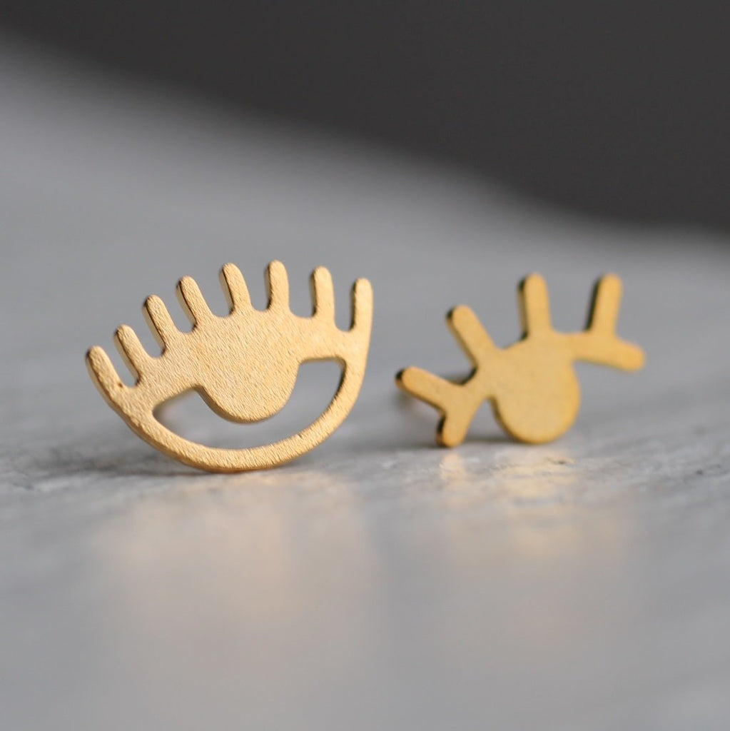 Wink Stud Earrings - Earrings