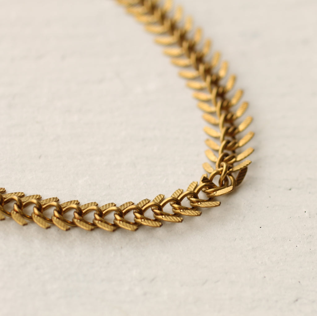 Herringbone Chain Necklace - Necklaces