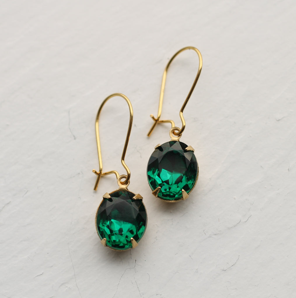 Emerald Oval Jewel Earrings - Earrings