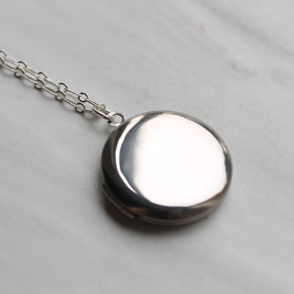 Simple Round Silver Locket - Necklaces