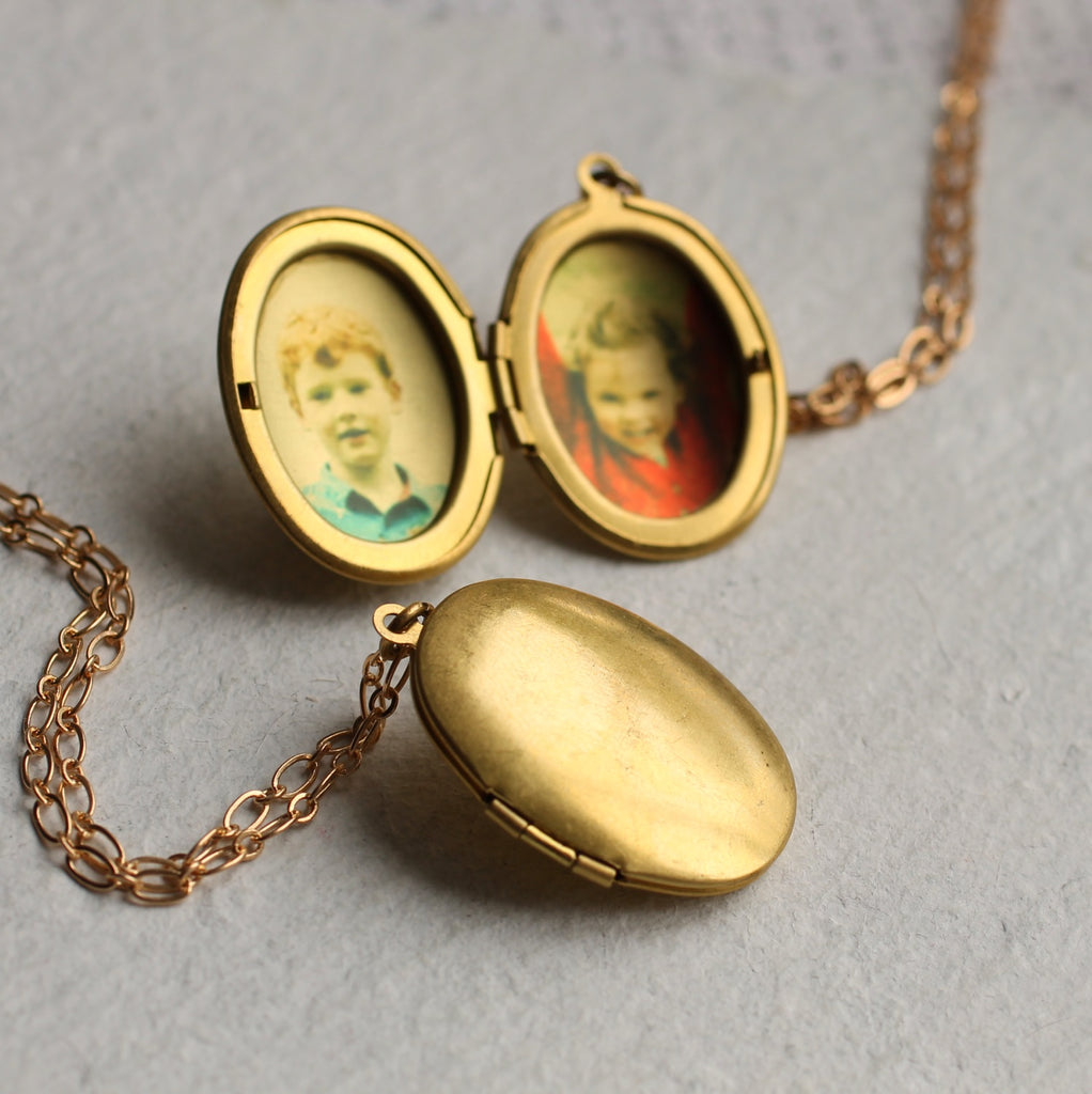 Simple Oval Locket - Necklaces