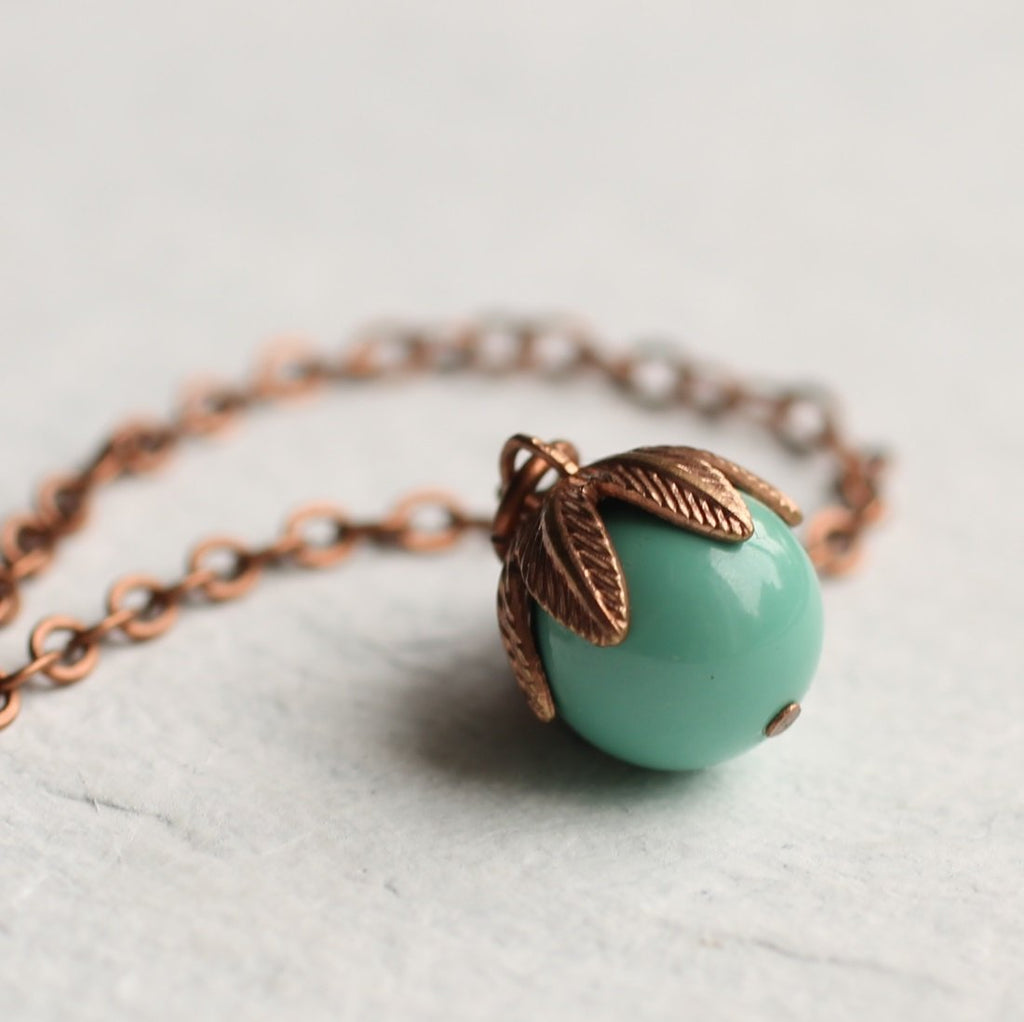 Tiny Bud Necklace - Necklaces