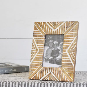 Arrow Pattern Photo Frame