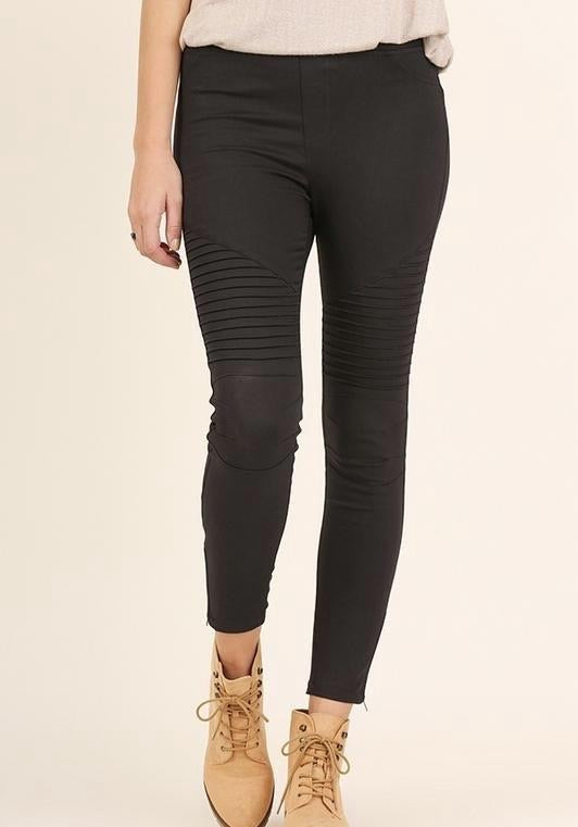 Black Moto Jeggings with Zipper Detail