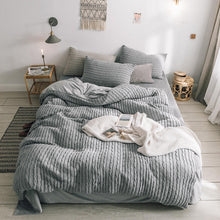 Load image into Gallery viewer, Luxury Winter Knitted Bedding 4Pcs Duvet Set - HeirOasis Emporium