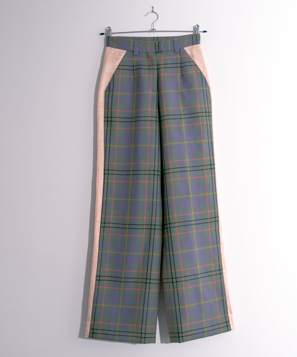 Plaid Trousers with Contrasting Side Panel Lilac