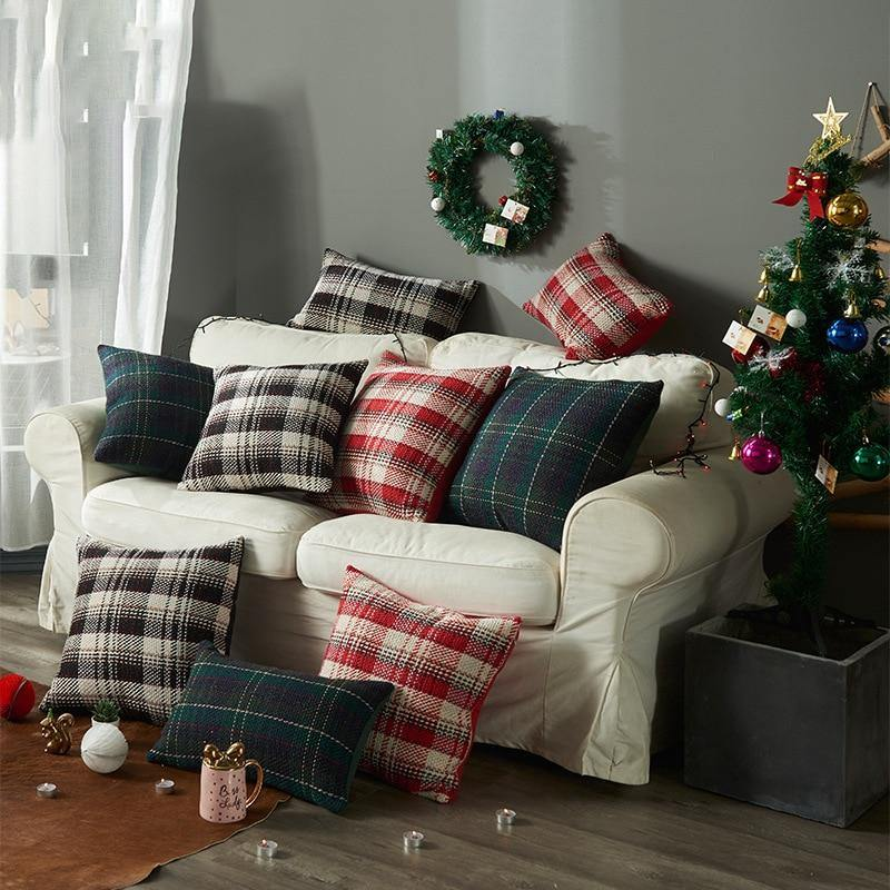 christmas-plaid-pillow-case.jpg
