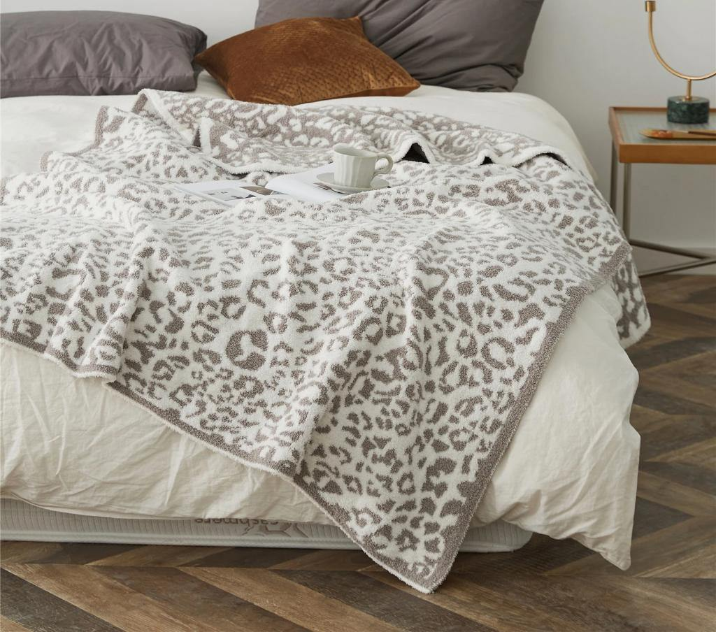 Animal-Print-Throw-Blanket.jpg