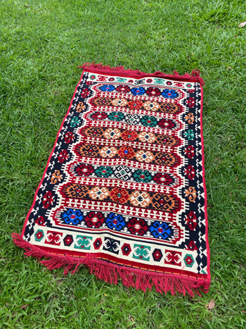 Medium-sized Turkish Kilim / Rug