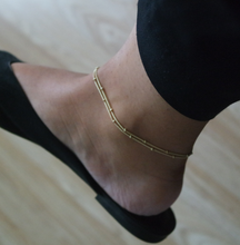 Load image into Gallery viewer, GOLD BEADED ANKLET