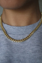 Load image into Gallery viewer, CHUNKY CURB CHAIN NECKLACE