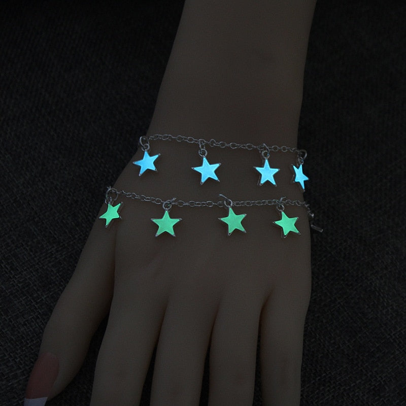 1pcs Creative DIY Animal Magic Tricks Super Sprouting Surprise Girl Magic Bracelet Child Christmas Gifts