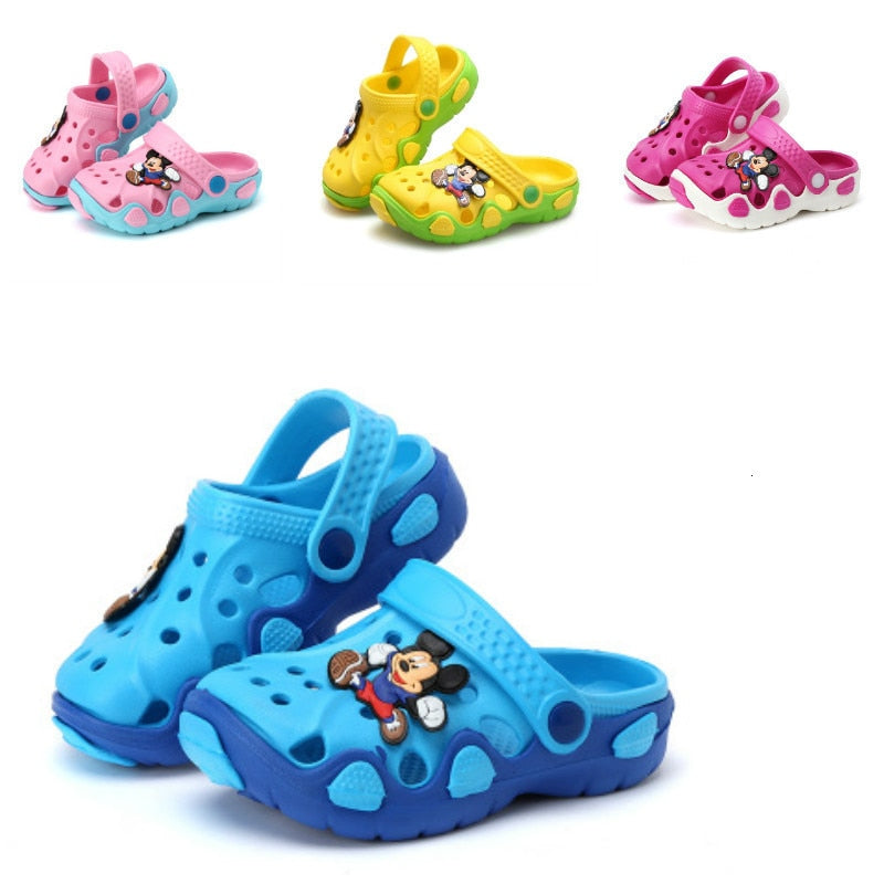 2018 Fashion New Summer Children Cartoon Characters Cave Shoes Boys And Girls Slippers sandals two wear Antiskid Slippers Beach
