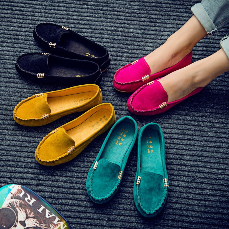 Plus Size 35-43 Women Flats Faux Suede Slip on Flat Shoes Woman Loafers Metal Boat Shoes Soft Female Shoes Black zapatos mujer