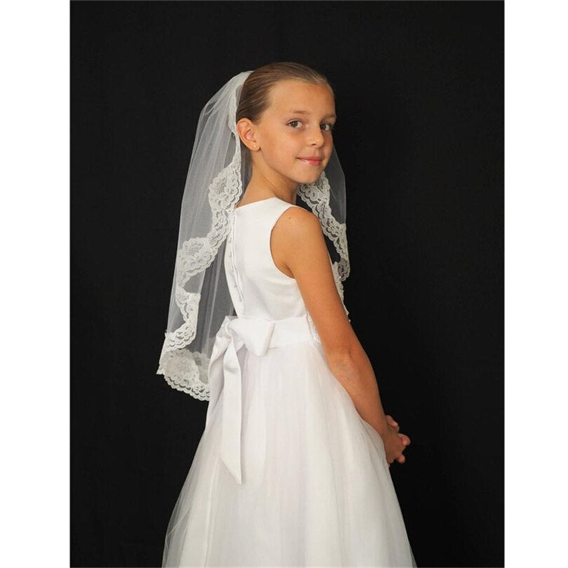 Short One Layer Wedding Flower Girls First communion Veils Lace Edge Children Kids Tulle Veils With Comb Voiles Mariage Fille