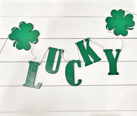 Lucky St. Patricks Day Wood Banner