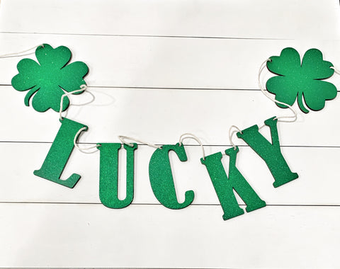 St. Patricks Day Glitter Wood Banner