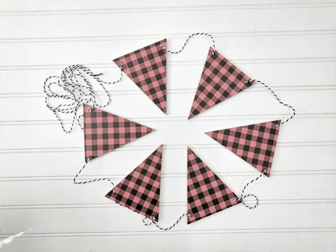 Red and Black Gingham Wood Banner , Wood Banner, Christmas Banner, holiday Banner