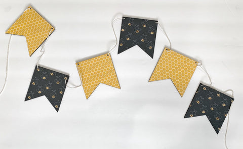 Bee & Honeycomb  Wood Banner