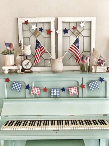 Red White & Blue Gingham Wood Banner