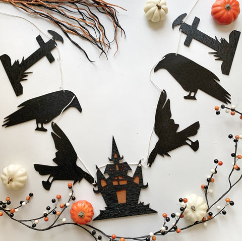 Crow Halloween Wood Banner
