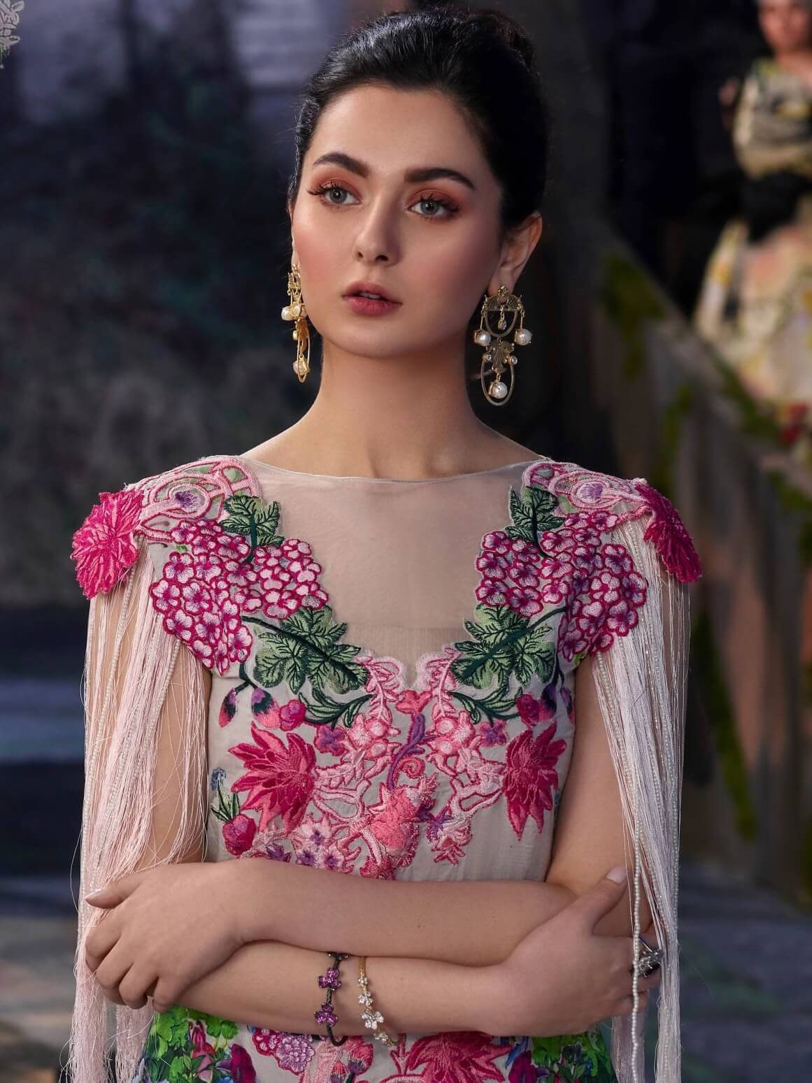 Asifa Nabeel Embroidered Lawn 3 Piece Suit AN19 6J Spring Summer 2019 - FaisalFabrics.pk