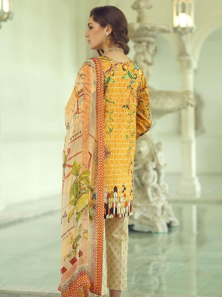 Rang Rasiya Carnation Embroidered Lawn 3 Pc Suit CL704 A - FaisalFabrics.pk