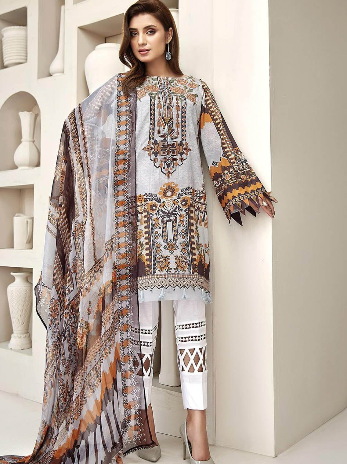 Farasha Embroidered Lawn Collection 2020 3pc Suit D-08 SUNDAZE BLAZE - FaisalFabrics.pk