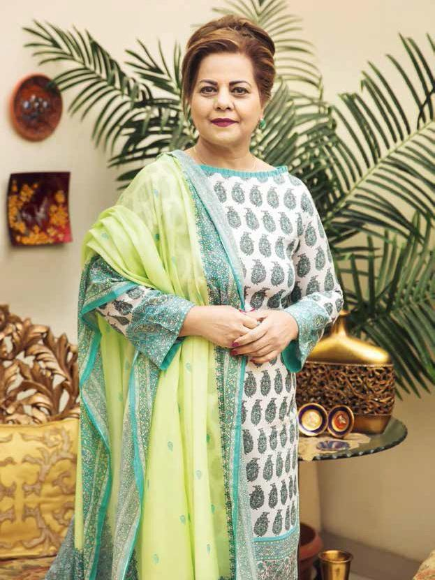 GulAhmed Mother Collection 3PC Unstitched Lawn Suit CL-651 B - FaisalFabrics.pk