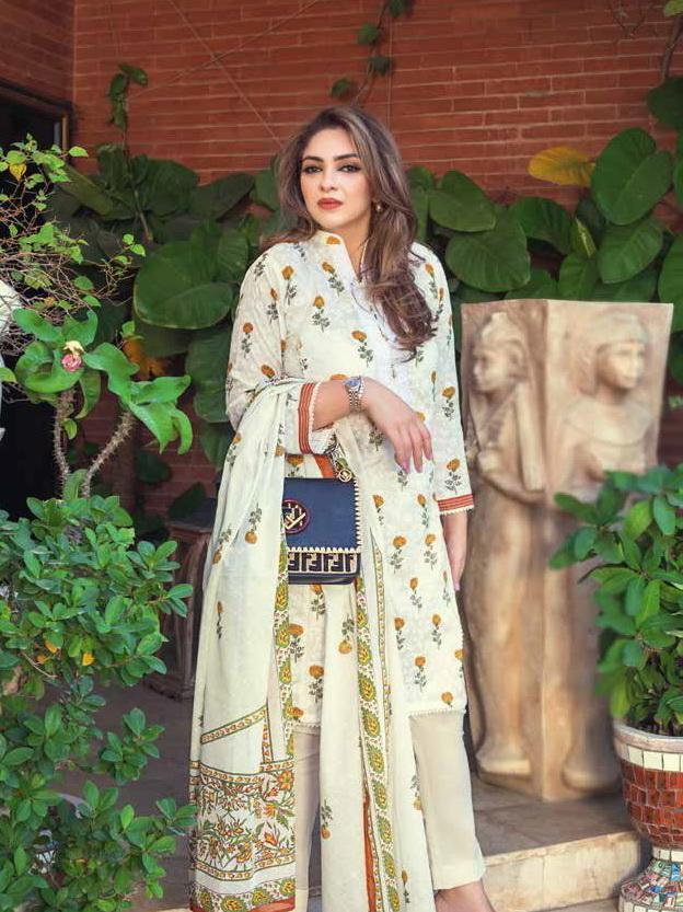 GulAhmed Mother Collection 3PC Unstitched Embroidered Lawn Suit CL-794 B - FaisalFabrics.pk